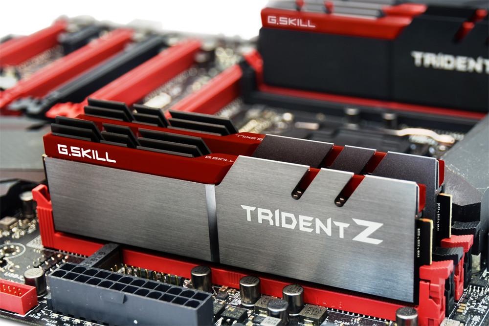 Kết quả hình ảnh cho DDR4 G.skill Trident Z 32Gb (4x8Gb) Bus 3200