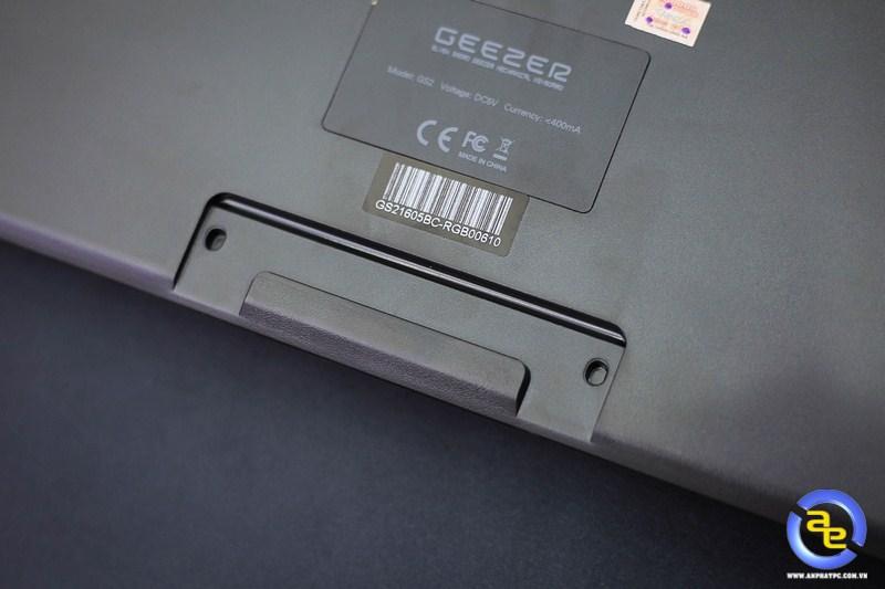 khe gắn kê tay bàn phím Geezer GS2 RGB