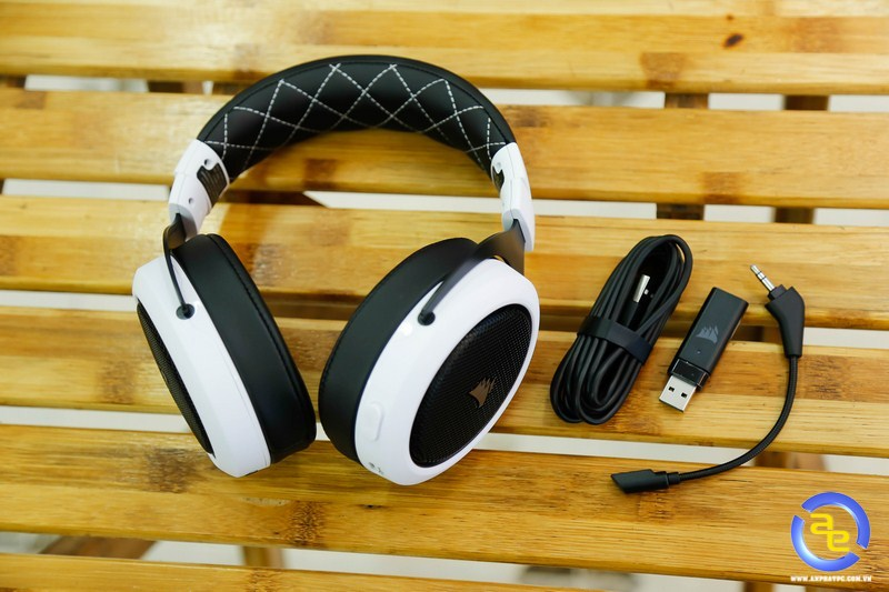 phụ kiện Corsair HS70 Wireless