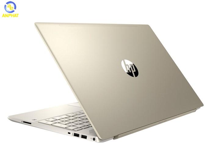 """10. Laptop HP Pavilion 15-eg0004TX 2D9B7PA Laptop HP Pavilion 15-eg0004TX 2D9B7PA thuộc dòng laptop HP siêu di động nên việc thiết kế nhỏ gọn và thời trang là điều dễ nhận diện đầu tiên ở dòng laptop này. Laptop sở hữu thiết kế cực chanh xả với tông màu chủ đạo là bạc nhám. Về thiết kế, đây là một trong những chiếc laptop thuộc dòng laptop cao cấp mỏng nhẹ, sở hữu vỏ máy làm từ hợp kim Nhôm - Magie bền bỉ hơn 4 lần và nhẹ hơn 35% so với hợp kim nhôm thông thường kết hợp với tone màu bạc mang lại vẻ ngoài sang trọng, tinh tế cho người dùng Không chỉ mặt lưng, toàn bộ phần khung máy và bề mặt máy được làm đồng bộ với nhau. Toàn bộ thân máy được thiết kế từ kim loại rất sang trọng, đẹp và đơn giản mang đậm phong cách của HP. Logo HP được đặt ở chính giữa nắp máy và làm bóng. Thiết kế hợp kim nguyên khối của HP Pavilion 15-eg0004TX 2D9B7PA giúp giảm tác động từ rơi, va đập… tránh các tổn hại không đáng có trong các trường hợp sơ ý của khách hàng. Không chỉ giúp toát lên vẻ sang trọng của sản phẩm, thiết kế này còn giúp người sử dụng dễ dàng cầm nắm, tránh để lại vệt mồ hôi tay. Tuy kích thước máy lớn nhưng xét về độ linh hoạt, laptop không hề thua kém bất cứ """"lão đại"""" nào trong cùng phân khúc. Máy có độ dày chỉ 1.79 cmm với trọng lượng 1.75 kg, em máy này đích thị là chiếc laptop gaming mỏng nhẹ rất đáng để bạn sở hữu đấy. Laptop HP PAVILION 15-EG0004TX 2D9B7PA được trang bị màn hình 15.6 inchs full HD, độ phân giải 1920x1080 và tấm nền IPS cho góc nhìn mở rộng và độ tương phản hình ảnh tốt hơn, mang lại cho bạn những trải nghiệm tuyệt vời khi làm việc, giải trí mãn nhãn với hình ảnh sắc nét, tươi tắn, chân thực. Một ưu điểm không thể bỏ qua của sản phẩm là được mở rộng góc màn hình lên đến 130 độ. Màn hình cho chất lượng hiển thị sắc nét, độ lệch màu không nhiều. Đặc biệt là độ sáng khá tốt nên hoàn toàn có thể mang HP PAVILION 15-EG0004TX 2D9B7PA ra ngoài sử dụng. Viền màn hình có chút hơi mất cân đối giữa viền trên và dưới màn hình. Tuy nhiên, viền màn hình siêu mỏng"""