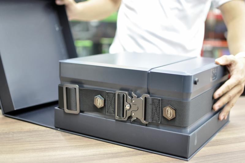 Đập hộp NUC 9 Extreme 9i9 KIT - PC bé như quyển sách nhưng cấu hình siêu khủng: Chip core i9, hỗ trợ VGA RTX 3080! - Ảnh 2.